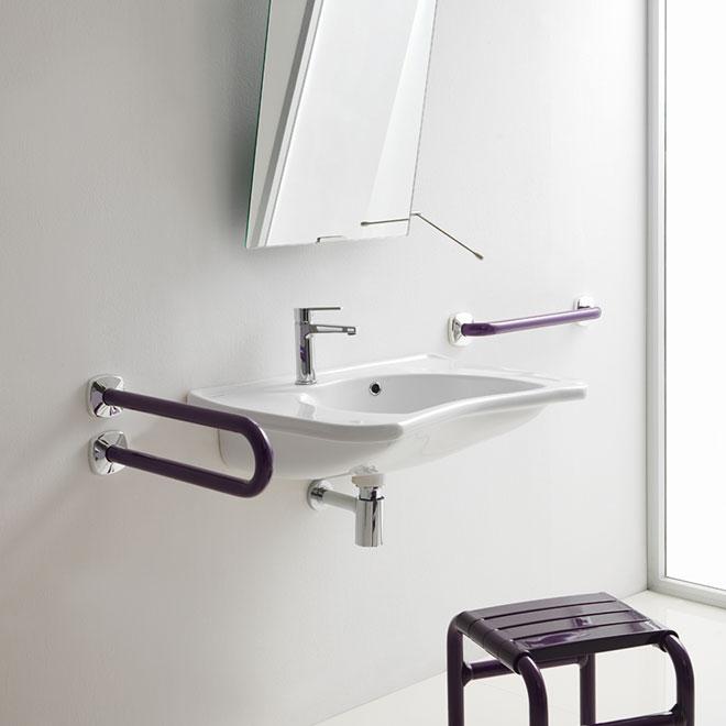 bagno per disabili zona lavabo